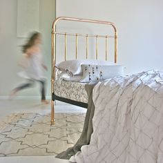 hardtofind. | Gather duvet cover in moonbeam