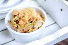Kimchi -  11 dagar får du vänta innan du kan smaka, men det är det värt! En flört med det koreanska köket i form av en pikant hemlagad kimchi.