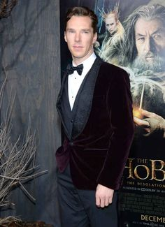 When he paired a burgundy velvet jacket with an embroidered bow tie and our minds were blown by the sheer sartorial genius of it. | 18 Times Benedict Cumberbatch Looked Like An Absolute GOD In A Suit