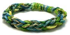 Wild roses and blackberries: Finger crochet bead jewellery