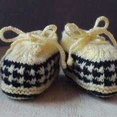 Chaussons bébé tricot façon mocassins 0/3 mois