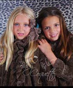 Abrigos disponibles en www,babycoquette.com