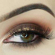 Gold Glamour #eotd   Browse @glamdivapl  gallery on Glam Express  http://ift.tt/2fGvsEp Share your looks to be featured #GlamExpress or http://ift.tt/1LKibRA ( Upload on site to win cool stuff )  . . .  #makeupdupe #eyebrows #mascara #eyes #eyeliner #contour #highlighter #concealer #lashes #hudabeauty #maquiagem #kyliejenner #dressyourface #blendthatshit #foundation #eyeshadow #highlight #beauty #mua #makeuptutorial #makeupporn #wingedeyeliner #drugstore #makeupblogger #eyeliner…