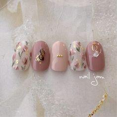 Pin by Clarié Booyens on weird and wonderful nails in 2020 Pretty Nail Art, Cute Nail Art, Cute Acrylic Nails, Cute Nails, Diy Nails, Pastel Nails, Bling Nails, Swag Nails, Korean Nail Art