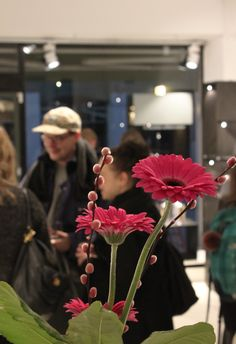 Ella Varvio: Nemeton glass art exhibition opening party. The exhibition's name Nemeton means a sacred place in a Celtic religion. Theme of the exhibition is a mystical forest and Varvio interprets the theme with her illustrations in the glass. Galleria Mafka&Alakoski, spring 2017.