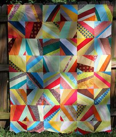 Scrap quilt - lots of string quilt ideas!  Use up those scraps!