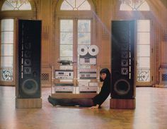 This 1981 system, featuring components from Cerwin Vega, Hitachi, Philips, and Audio-Technica, cost $829 at the time.   Only the staunchest of old-school stereo dorks remember it today, but from the late 1960s to the mid-1980s, Tech Hifi was one of the best-known retailers of audio equipment on the East Coast.   The chain was founded by two MIT academics, mathematician Sandy Ruby and engineer John Strohbeen. According to the New York Times, Tech Hifi's franchises were known for their…