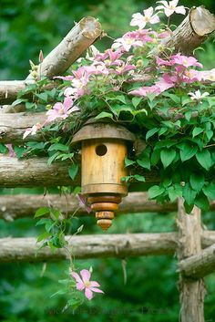 Superbe Lathe Turned Handmade Birdhouse On Garden Arbor With Clematis Vines And  Pink Flowers, Midwest USA