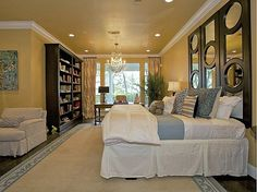 Dreamy Dwelling: Kelly Clarkson's House Tour (I'd put the bookshelves as headboard)