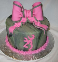 Camouflage Cakes for Girls | Camo Girl Browning Buckmark - Bow is fondant/gumpaste buckmark cut out ...
