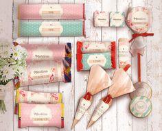 Kit Primera Comunión/Bautismo Romántico. Imprimibles personalizables Disponible en la tienda online: http://www.cocojolie.com.ar/productos/kit-primera-comunion-bautismo-romantico-imprimibles-personalizables/