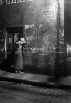 Streets at night, Paris, 1930s byHansWolf