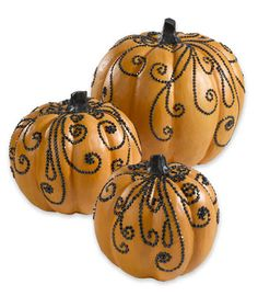 Each time fall rolls around, you've think you've seen all the pumpkin ideas and Halloween decor on the market. If there's a pumpkin carving idea to be found, I've seen it. Holidays Halloween, Halloween Crafts, Holiday Crafts, Holiday Fun, Halloween Ideas, Fall Crafts, Halloween 2019, Halloween Stuff, Favorite Holiday