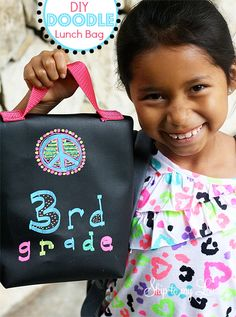 Make your own DIY Chalk Cloth Lunch Bag tutorial. www.skiptomylou.org Easy and totally fun! #backtoschool #lunchbag