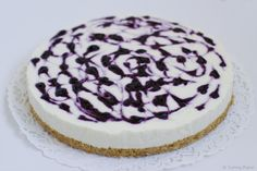 No bake cheesecake with white chocolate and blueberries