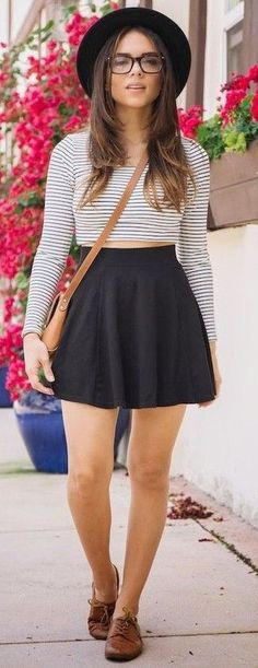 New Ideas For Skirt Winter Fashion Leggings Crop Top Outfits, Skirt Outfits, Cool Outfits, Summer Outfits, Fashion Outfits, Womens Fashion, Fashion Trends, Black Skater Skirts, Winter Skirt