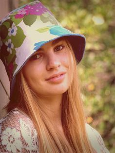 Free Bucket Hat Pattern & Tutorial: Bigger sizes for adult. Will have to give it a go!!