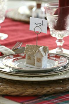Ciao!  It's Christmas!   easy ideas for Christmas PARTIES and entertaining- - - christmas decoration ideas, christmas ideas. ornament garland, christmas parties, hannukah, new years, christmas table
