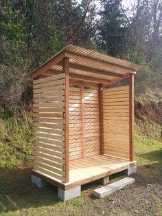 wood shed with pallets outdoors pinterest holzlager. Black Bedroom Furniture Sets. Home Design Ideas