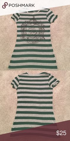 Harry Potter Slytherin House Tshirt Medium NWOT size medium Slytherin snake crest with sparkle embellishments. Wears more like a small. Tops Tees - Short Sleeve