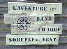 Panneau tableau en bois de palette vintage design : Décorations murales par littlepalette