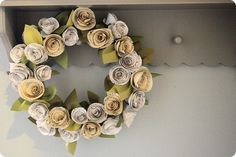 Loving this paper flower wreath!