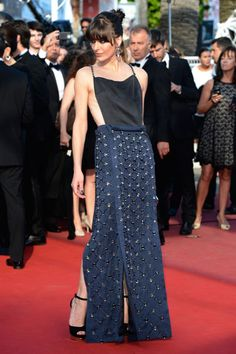 Cleopatra Premiere - Milla Jovovich in Prada