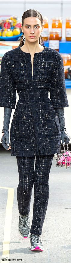 Paris Fashion Week Chanel Fall/Winter 2014 | The House of Beccaria ~