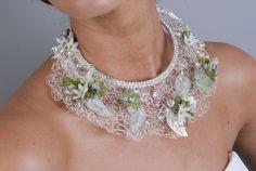 """Résultat de recherche d'images pour """"fresh floral jewelry"""""""