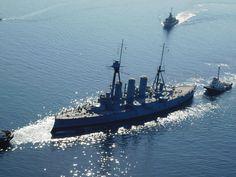 Εκπληκτικές φωτογραφίες από την μετακίνηση του θωρηκτού «Αβέρωφ» στα ναυπηγεία Σκαραμαγκά   ProNews.gr