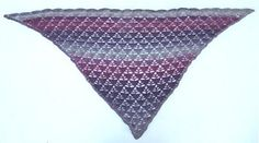 Ravelry: Triangle with triangles shawl by Monica Svahn