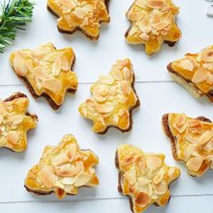 Ellouisa: Kersthapje 2: Nutellaboompjes Chicken Noodle Soup, Love Cake, Christmas Baking, Christmas Recipes, Holidays And Events, Cake Cookies, Nutella, Tapas, Catering