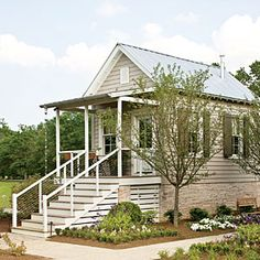 """""""Bunkie"""" at the 2013 Southern Living Idea House Nashville. Maine House, My House, Future House, Southern Farmhouse, Southern Charm, Small Tiny House, Small Houses, Southern Living Homes, Cabins And Cottages"""