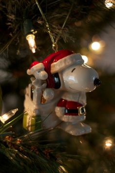 Seriously where can I get this Snoopy Christmas ornament??