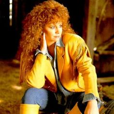 Reba McEntire my favorite Oklahoma cowgirl 80s Country, Country Music Stars, Country Music Singers, Redhead Pictures, Bad Songs, Reba Mcentire, Redneck Girl, Celebs, Celebrities