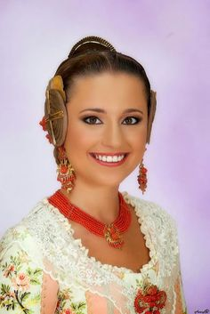 Carmen Sancho de Rosa, Fallera Mayor de Valencia 2014 Falla Plaza del Mercado Central #Fallas2014