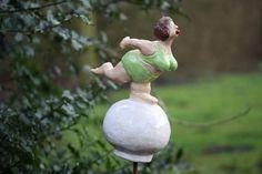 Keramik Kugeldame im grünen Bikini, Ceramics, Sculpture, Gartenkeramik www.liloarts.de
