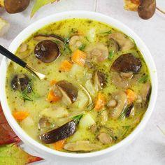 To najlepsza zupa grzybowa, jaką tylko można gotować. Przepis na zupę grzybową jest prosty a sama zupa grzybowa ze świeżych grzybów niesamowicie pyszna i sycąca. Można ją też ugotować z grzybów suszonych. Mexican Food Recipes, Soup Recipes, Cooking Recipes, Ethnic Recipes, Polish Soup, Nutella, Polish Recipes, Diy Food, Food For Thought