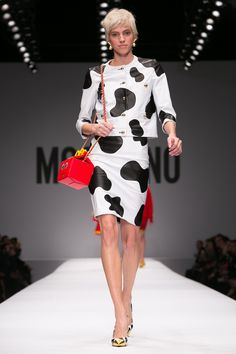 @moschinofficial Ready-to-wear Fall Winter 2014 #MFW