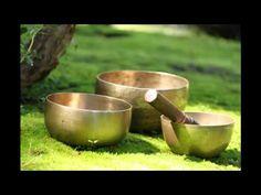 ▶ 1 Hour Tibetan Singing Bowl Meditation Chakra Healing | Tone G# | Throat Chakra - YouTube Guided Meditation, Meditation Musik, Singing Bowl Meditation, Meditation Youtube, Healing Meditation, Chakra Healing, Meditation Sounds, Meditation Garden, Tai Chi