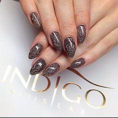 Ania Leśniewska Find more Inspiration at www.indigo-nails.com #nails #snakeskin #manicure