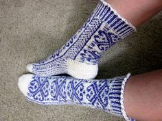 Ravelry: Project Gallery for Norwegian Rose Socks pattern by Wendy D. Johnson