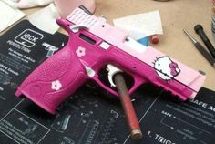 Hello kitty not a Glock fan but would make an exception for this one!!♡