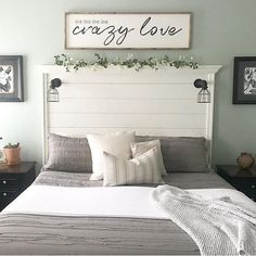 Recamier: know what it is and how to use it in decoration with 60 ideas - Home Fashion Trend Farm House Living Room, Cute Dorm Rooms, Bedroom Design, Bedroom Diy, Home Decor, Bedroom Furniture, Modern Bedroom, Pillows, Living Room Designs