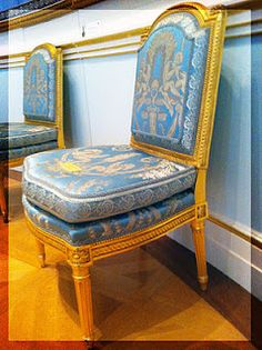 At the Wallace Collection, London-- Ordered by Louis Seize for the King's Salon at Fontainbleau. Wooden Dining Room Chairs, Outdoor Dining Chair Cushions, Living Room Chairs, Louis Seize, King Chair, Luis Xvi, Lounge Chair Design, Home Comforts, Cool Chairs