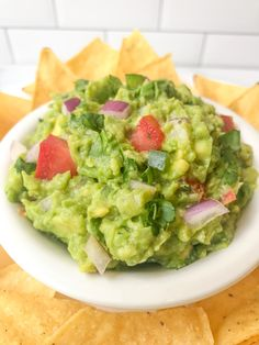 IMG_6667 How To Make Guacamole, Homemade Guacamole, Dip Recipes, Mexican Food Recipes, Ethnic Recipes, Mashed Avocado, Roma Tomatoes, Pie Plate, Stuffed Jalapeno Peppers