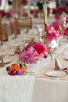 long-table-small-bouquet-centerpieces-roses