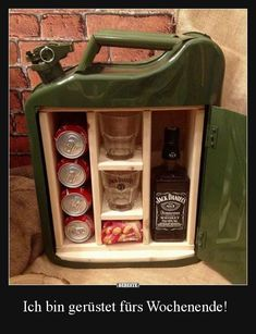 Love this mini bar made out of upcycled petrol canister Jerry Can Mini Bar, Diy Gifts, Christmas Gifts, Corporate Gifts, Gift Baskets, Funny Gifts, Gifts For Him, Birthday Gifts, Diy And Crafts