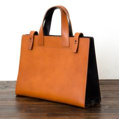 Leather Bag Pattern, Leather Working, Leather Totes, Leather Bags, Construction, Sewing, Shoes, Ideas, Fashion