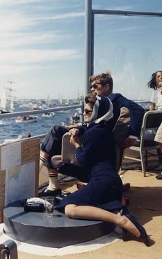 Can one ever fail to look chic in crisp white and navy? We think not, thanks to President and Jacqueline Kennedy in 1962